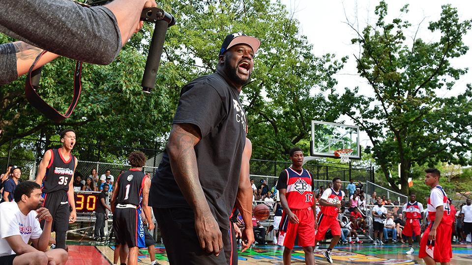 Shaquille O'Neal stops by Rucker Park in Harlem, NY.