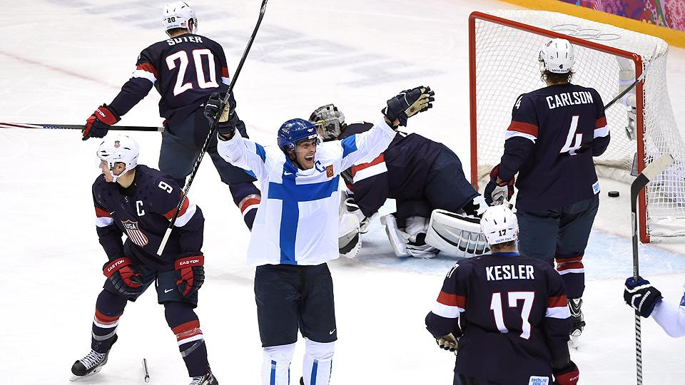 Finland's Teemu Selanne (center) scored two goals to cap an illustrious career in international hockey.