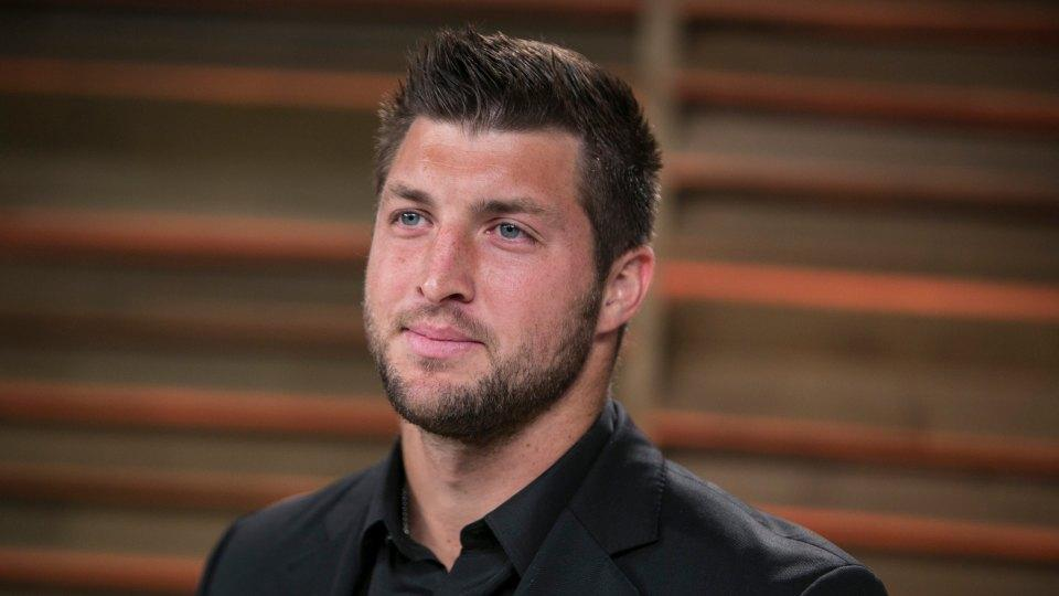 Tim Tebow owned in more fantasy leagues than Jaguars' Chad Henne