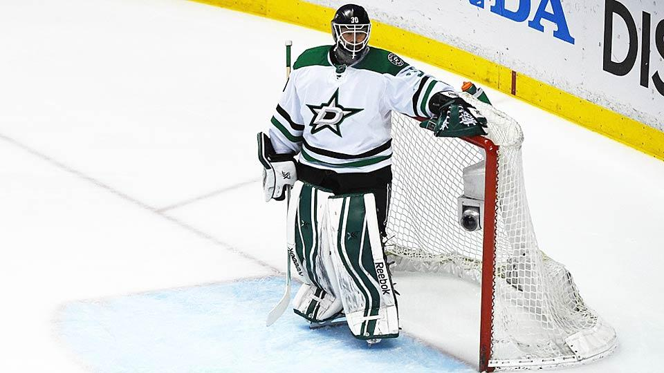 Tim Thomas' surprise return to the NHL looks like it will be short-lived as there is not much demand for a 40-year-old goalie coming off a mediocre season.