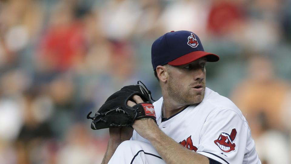 Cleveland Indians starting pitcher Zach McAllister delivers in the first inning of a baseball game against the Seattle Mariners Thursday, July 31, 2014, in Cleveland. (AP Photo/Tony Dejak)