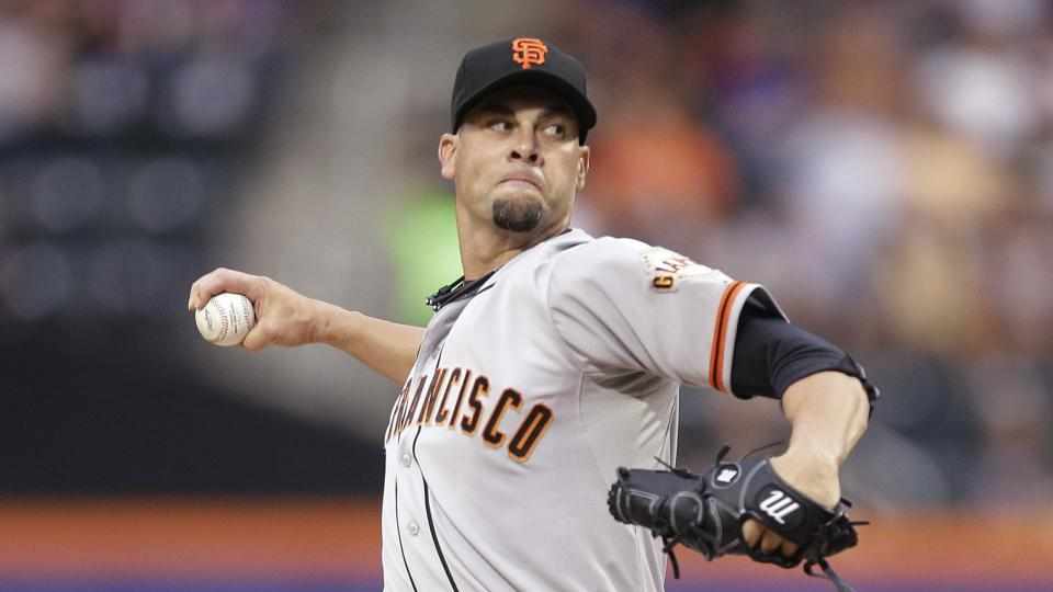 San Francisco Giants' Ryan Vogelsong delivers a pitch during the first inning of a baseball game against the New York Mets Friday, Aug. 1, 2014, in New York. (AP Photo/Frank Franklin II)