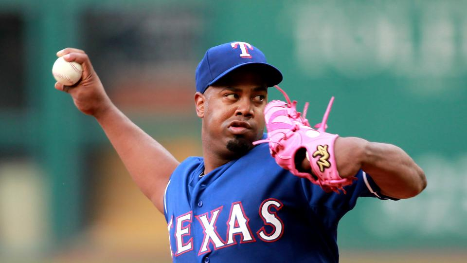 Texas Rangers starting pitcher Jerome Williams delivers in the first inning of a baseball game against the Cleveland Indians on Friday, Aug. 1, 2014, in Cleveland. (AP Photo/Aaron Josefczyk)