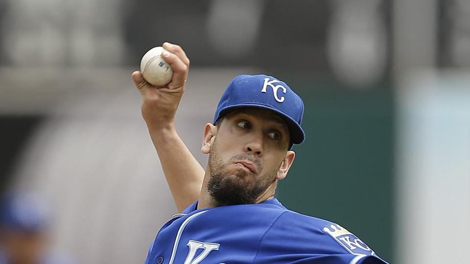 Kansas City Royals' James Shields works against the Oakland Athletics in the first inning of a baseball game Sunday, Aug. 3, 2014, in Oakland, Calif. (AP Photo/Ben Margot)