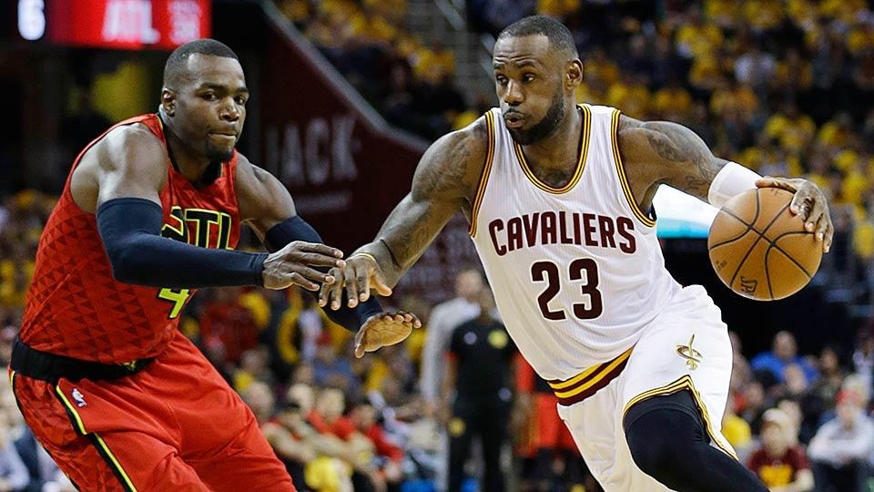 Lebron-vs.-hawks-game-1