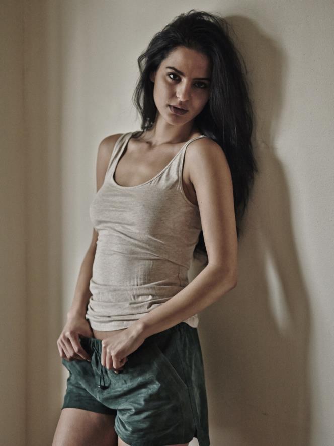 Jana Perez Nude Photos 73