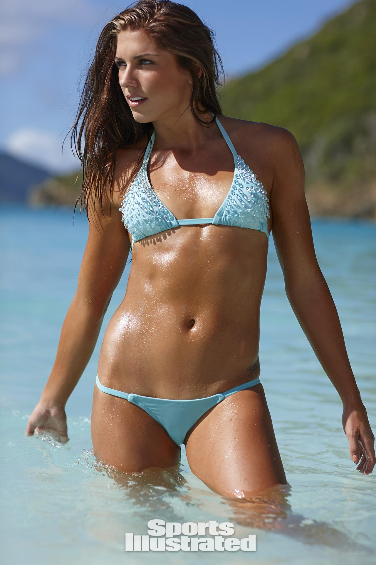 Alex Morgan Swimsuit Photos, Sports Illustrated Swimsuit 2014 Samantha ...