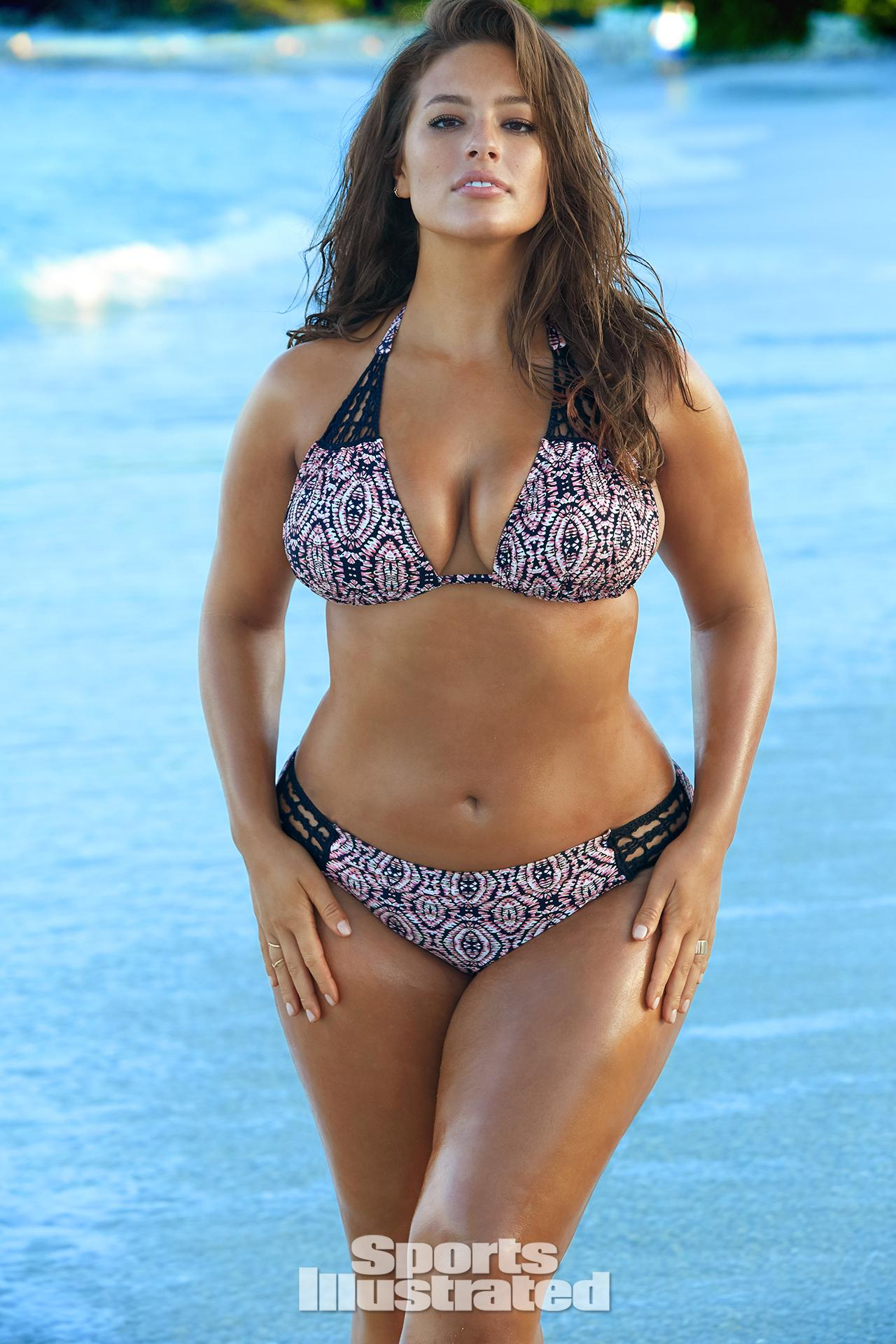 ashley graham swimsuit photos sports illustrated swimsuit 2016