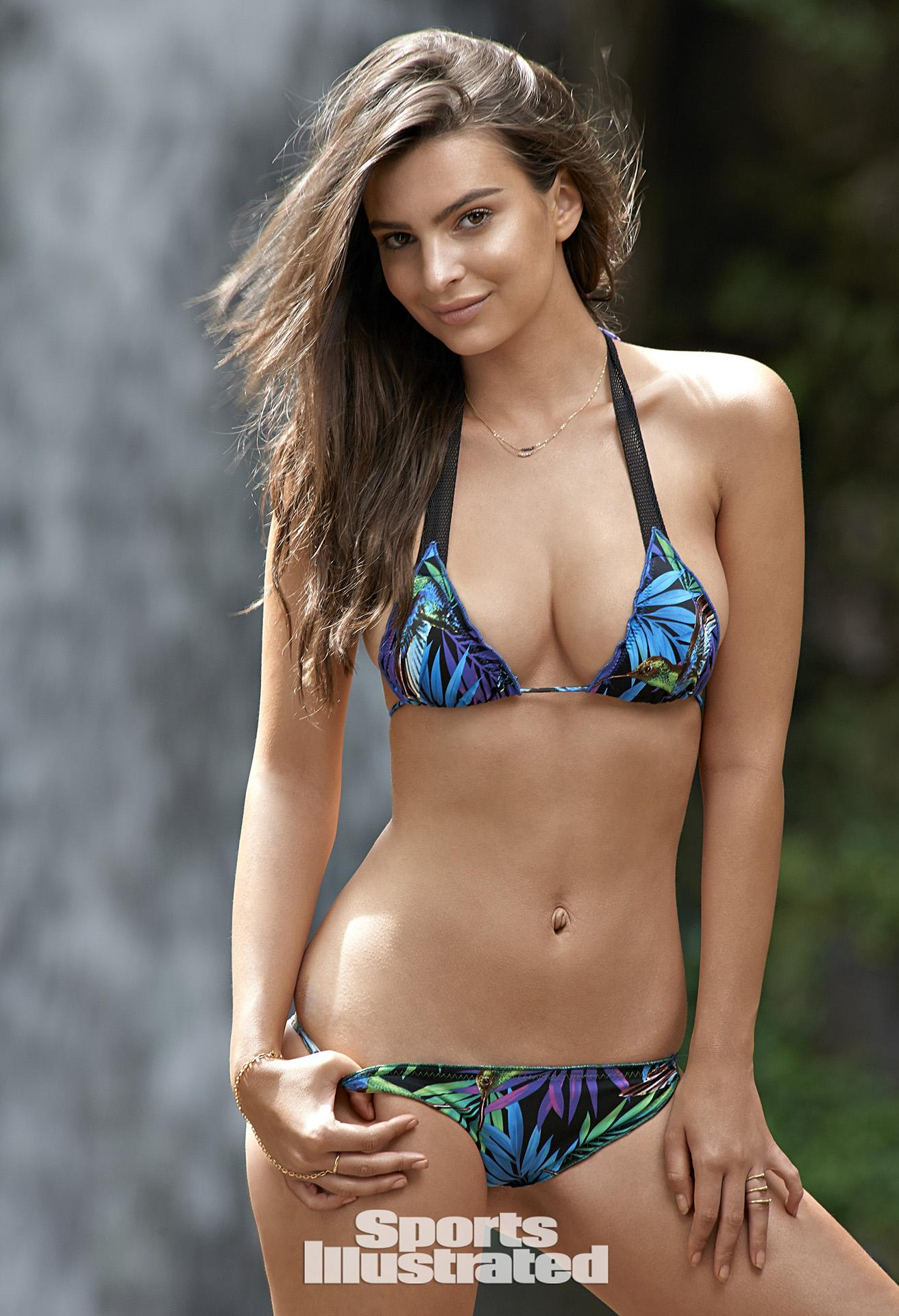 Emily Ratajkowski Swimsuit Photos, Sports Illustrated Swimsuit 2015