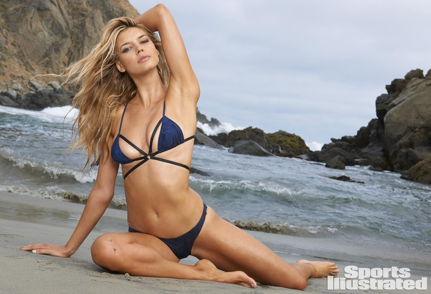 Kelly Rohrbach Swimsuit Photos, Sports Illustrated Swimsuit 2015