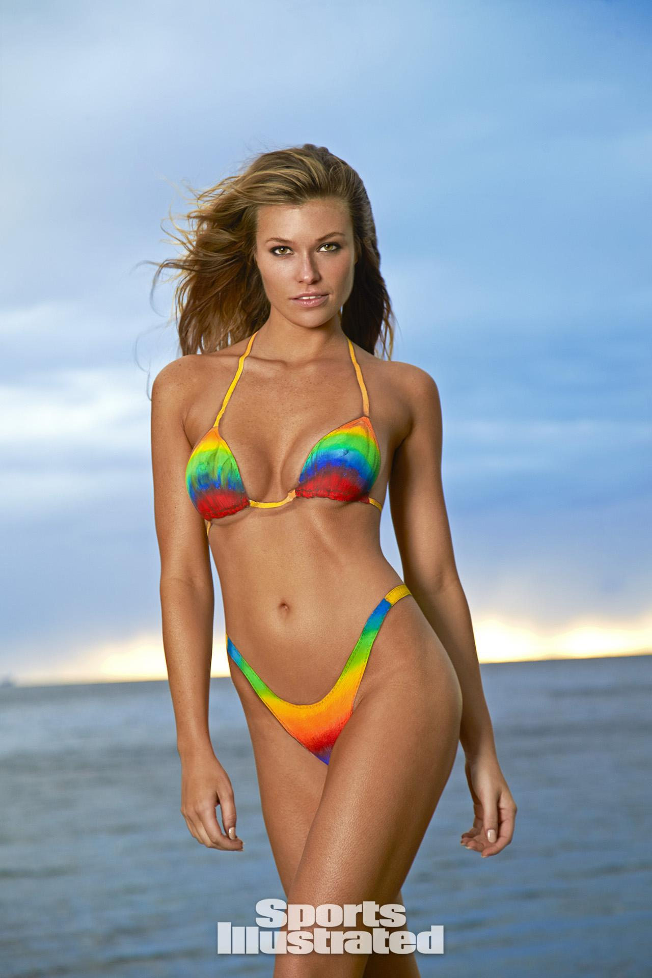 Samantha hoopes swimsuit body paint photos sports for Best body paint pics