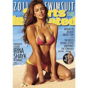#tbt @irinashayk and her incredible 2011 cover. Shot in Hawaii by @bjorniooss #siswim