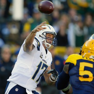 43 of 65 for 503 yards and two touchdowns in a 27-20 loss to the Green Bay Packers at Lambeau Field in Green Bay, Wis.
