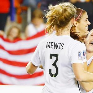 Here are some of the images that caught our eye on the sports night of Feb. 19, beginning with the victorious U.S. women's national team.