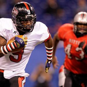 Smith was the best player on both sides of the ball for Bishop Luers High in Fort Wayne, Ind. The Notre Dame commit won four state titles in his four-year career.