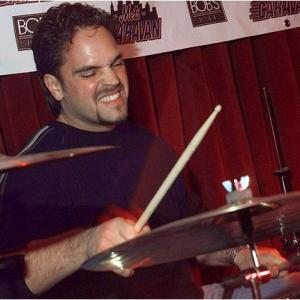 Mike Piazza cuts loose on the drums with the