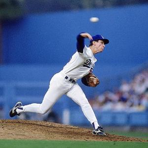 Dodgers ace Orel Hershiser breaks Don Drysdale's mark by pitching 59 consecutive scoreless innings.