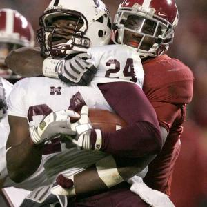 So much for the top-ranked Tide looking ahead to Auburn, and so much for their two-game losing streak to the Bulldogs. On Saturday, Rolando McClain and the Alabama defense allowed only 167 net yards.