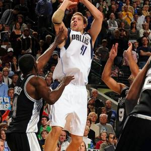(All stats and records are through March 16.)Nowitzki, the 2007 winner, keeps doing what he does best: The Mavericks are 14-6 on the nights he has scored 30 points or more, and he is averaging 25.5 points for the season.