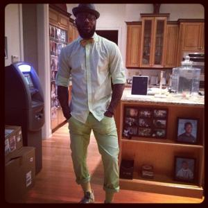 DeShawn Stevenson once installed a $3,500 ATM machine in his kitchen so his friends could make last-minute withdrawals (with $4.50 fee) before going out. In honor of Stevenson and his ATM, here are some more photos of athletes in their kitchens.