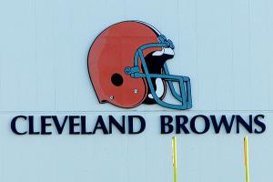 cleveland-browns-pass-hard-knocks-johnny-manziel.jpg
