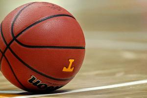Decision to roll back 'Lady Vols' name causing division...