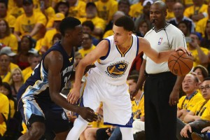 Stephen Curry, NBA MVP, led Warriors to a Game 1 win over Grizzlies.