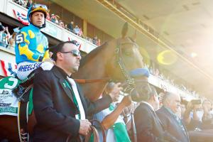Watch American Pharoah win the 2015 Belmont Stakes