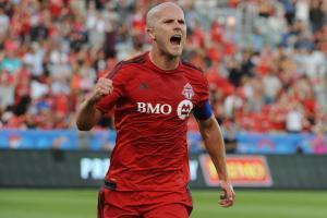 Michael Bradley celebrates his goal for Toronto FC vs. Montreal Impact