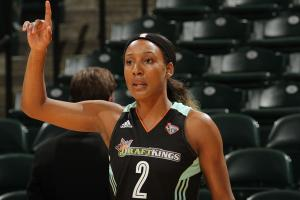 Candice Wiggins chasing WNBA title for her dad