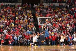 Watch: Moore buzzer beater wins WNBA Finals Game 3