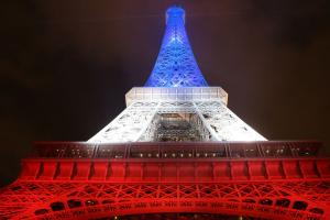 Paris determined to host Olympics after attacks