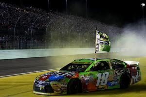 Kyle Busch wins first career NASCAR championship