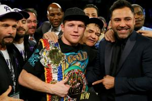 Canelo Alvarez to fight Amir Khan on May 7