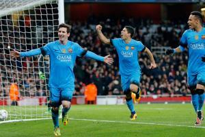 Messi, Suarez, Neymar celebrate Barcelona's win over Arsenal in Champions League