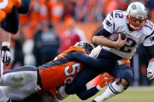 Patriots' Tom Brady jokes about Broncos Von Miller while riding a horse