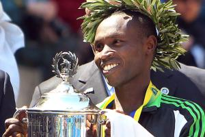 Geoffrey Mutai withdraws from Boston Marathon