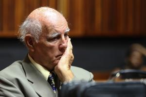 Bob Hewitt expelled from Tennis Hall of Fame
