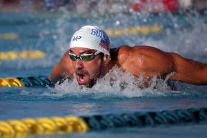 Michael Phelps wins 200-meter butterfly in Arizona