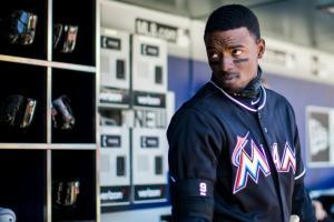 Miami Marlins' Dee Gordon received a massive batting title pendant