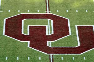 Oklahoma wideout John Humphrey will transfer
