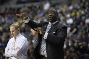 Detroit hires Michigan assistant Bacari Alexander
