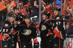 Ducks take series lead with win over Predators