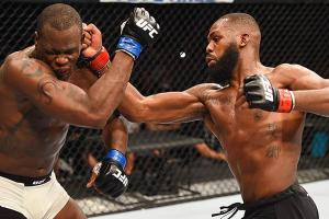 Jon Jones defeats Ovince Saint Preux
