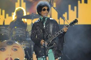 Minnesota Wild honor Prince before game 6