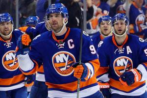 John Tavares wins game in double overtime