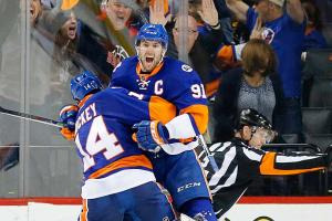 Three Stars: Tavares, Spezza, Holtby lead Sunday