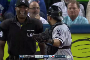 Umpire hilariously sells out catcher for prank