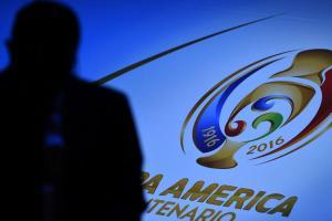 Copa America Centenario unveils trophy
