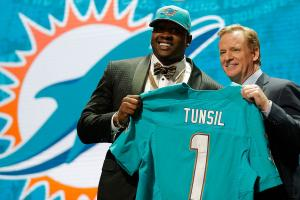 Explaining Laremy Tunsil's NFL draft night drama